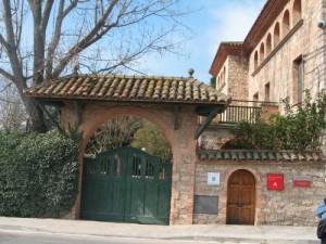 Can Llobet. Imatge actual de l'edifici on hi havia un Hospital de Sang durant la Guerra. (Prats de Rei-Anoia)