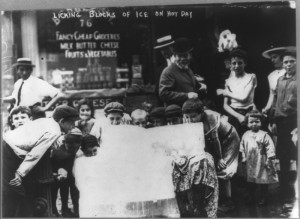 Venedor de gel, 1912