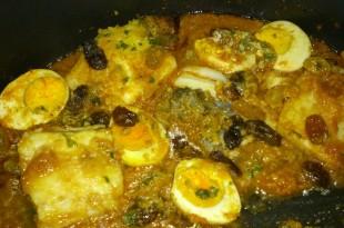 Ous amb panses i bacallà tipic de Divendres Sant