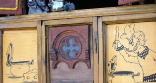 El Bavastell_antic. Galiot teatres de titelles