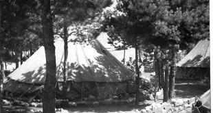 Tenda. Milícies universitàries.Castillejos_1954